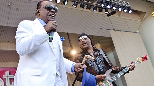 L-R: Ronald and Ernie Isley of The Isley Brothers/Timothy Hiatt/Getty Images