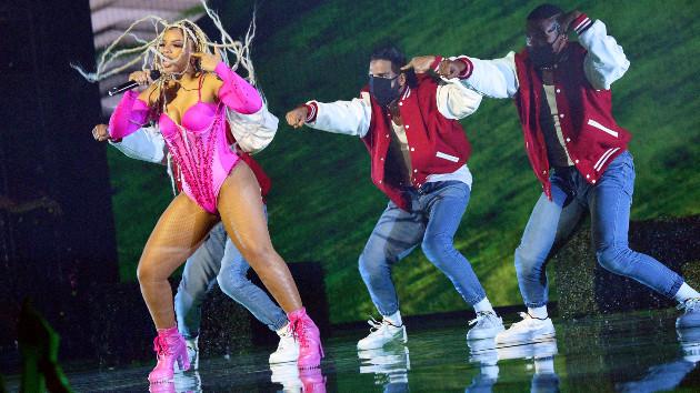 Kevin Mazur/MTV VMAs 2021/Getty Images for MTV/ViacomCBS